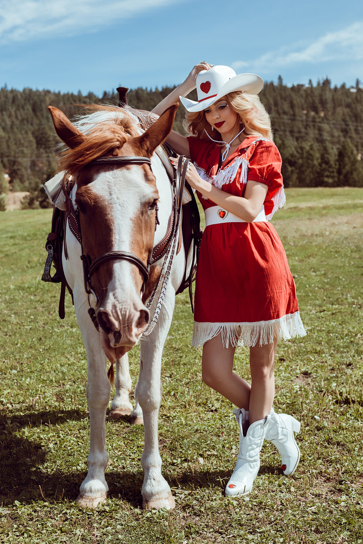 CowgirlBarbie19.jpg