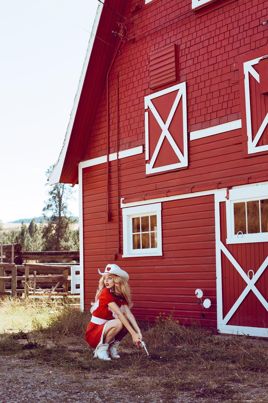CowgirlBarbie15.jpg