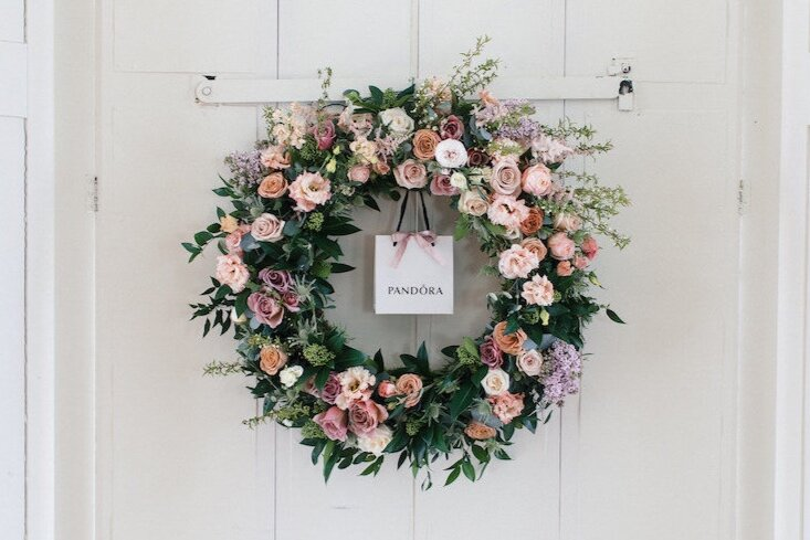 wreath-wedding-flowers.jpg
