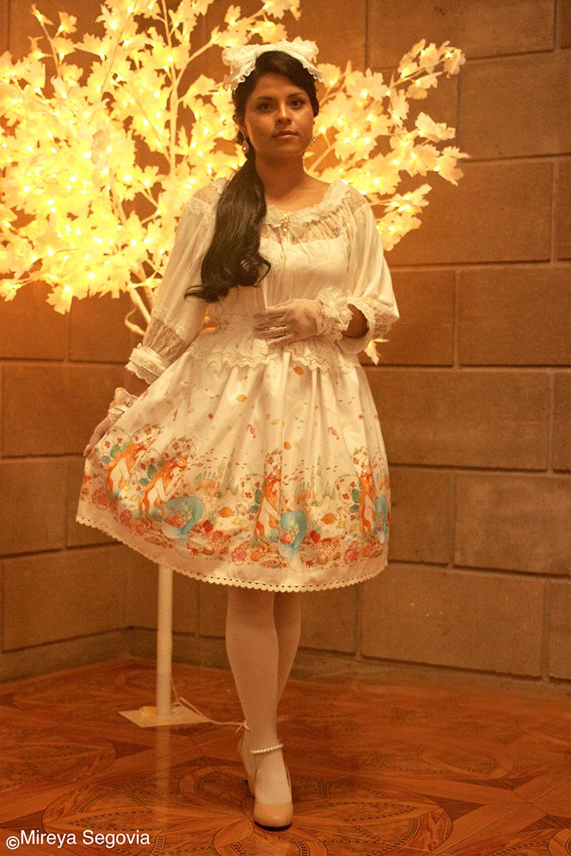 Model: Dulce Hernandez, Photographer: Mireya Segovia