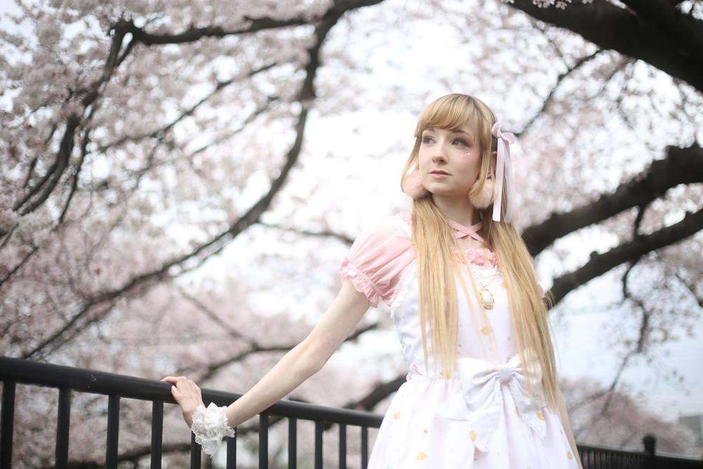 Model: Himezawa; Photographer: Noriyuki Naritomi
