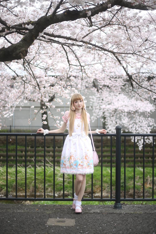 Model: Himezawa, Photographer: Noriyuki Naritomi