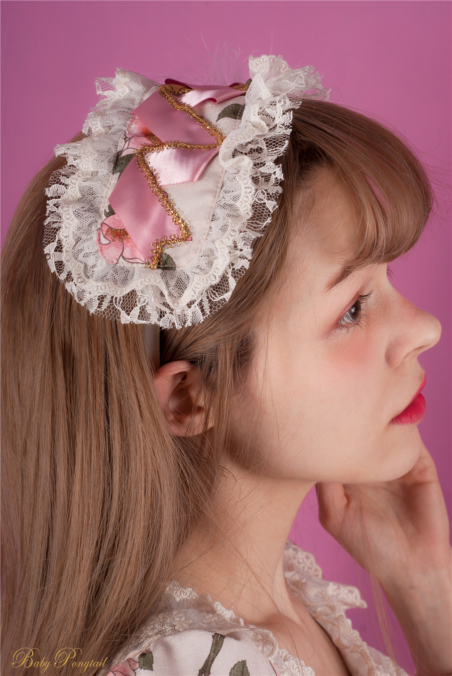 Baby Ponytail_Model Photo_Polly's Garden of Dreams_OP Ivory_Claudia_1.jpg