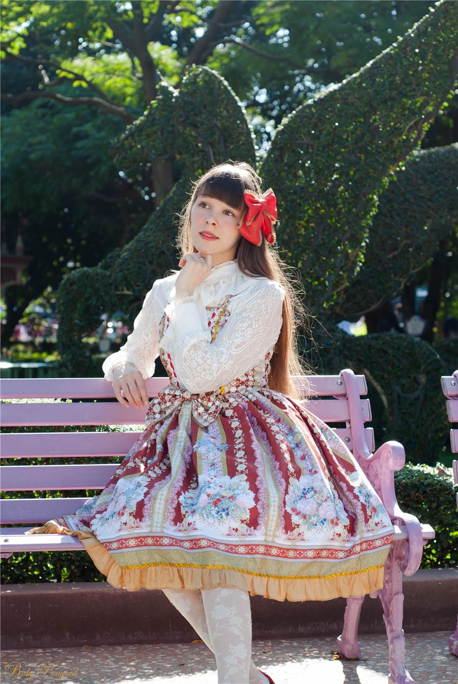 Baby Ponytail_Model Photo_Polly's Garden of Dreams_JSK Red_Claudia_9.jpg