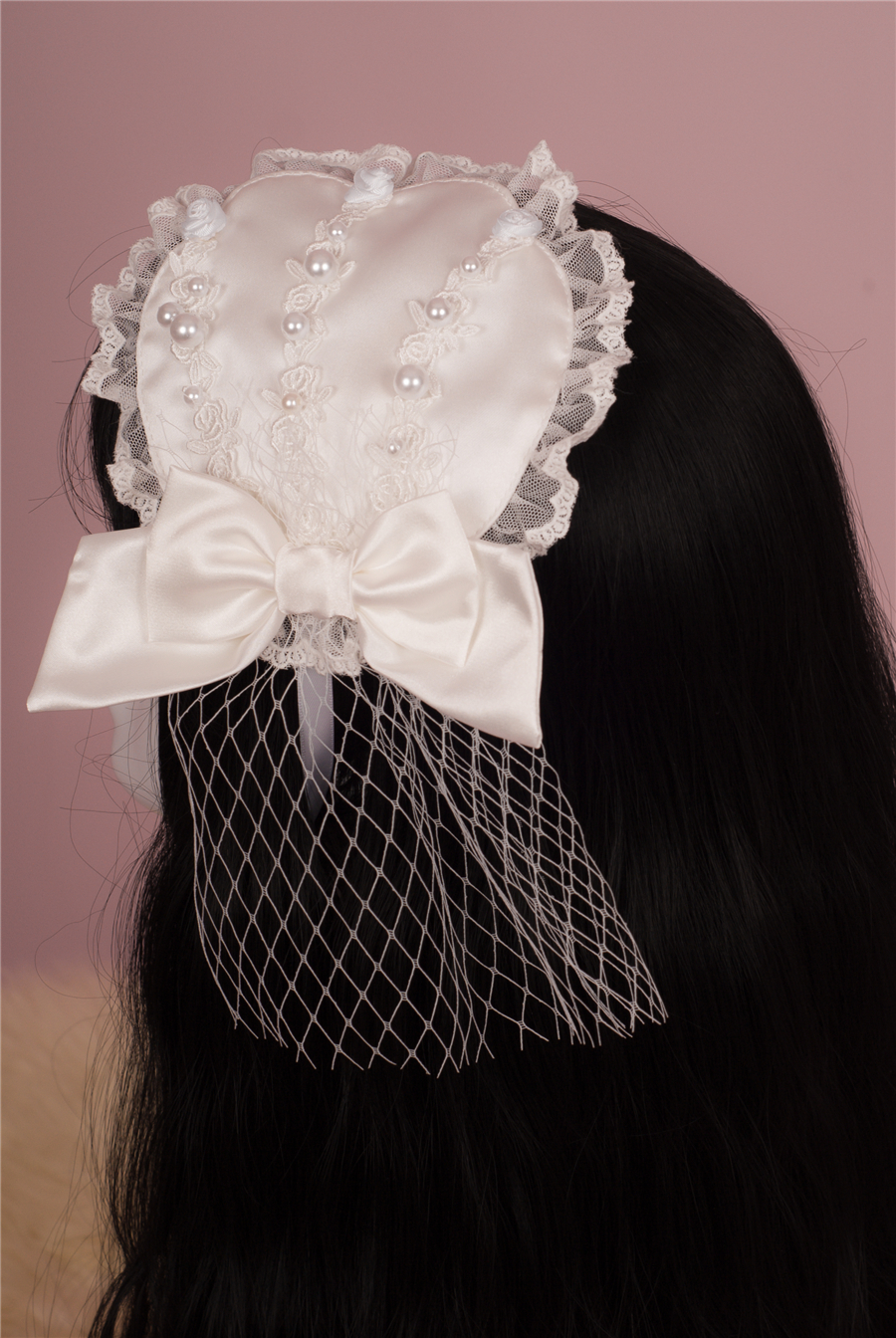Babyponytail_Stock Photo_Present Angel_Accessories_1.jpg