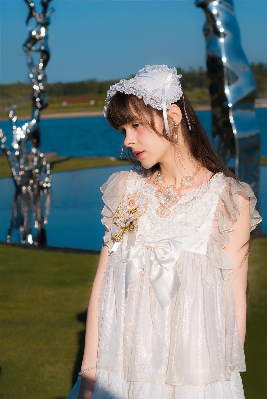 BabyPonytail_modelclaudia_Present Angel White JSK park01.jpg