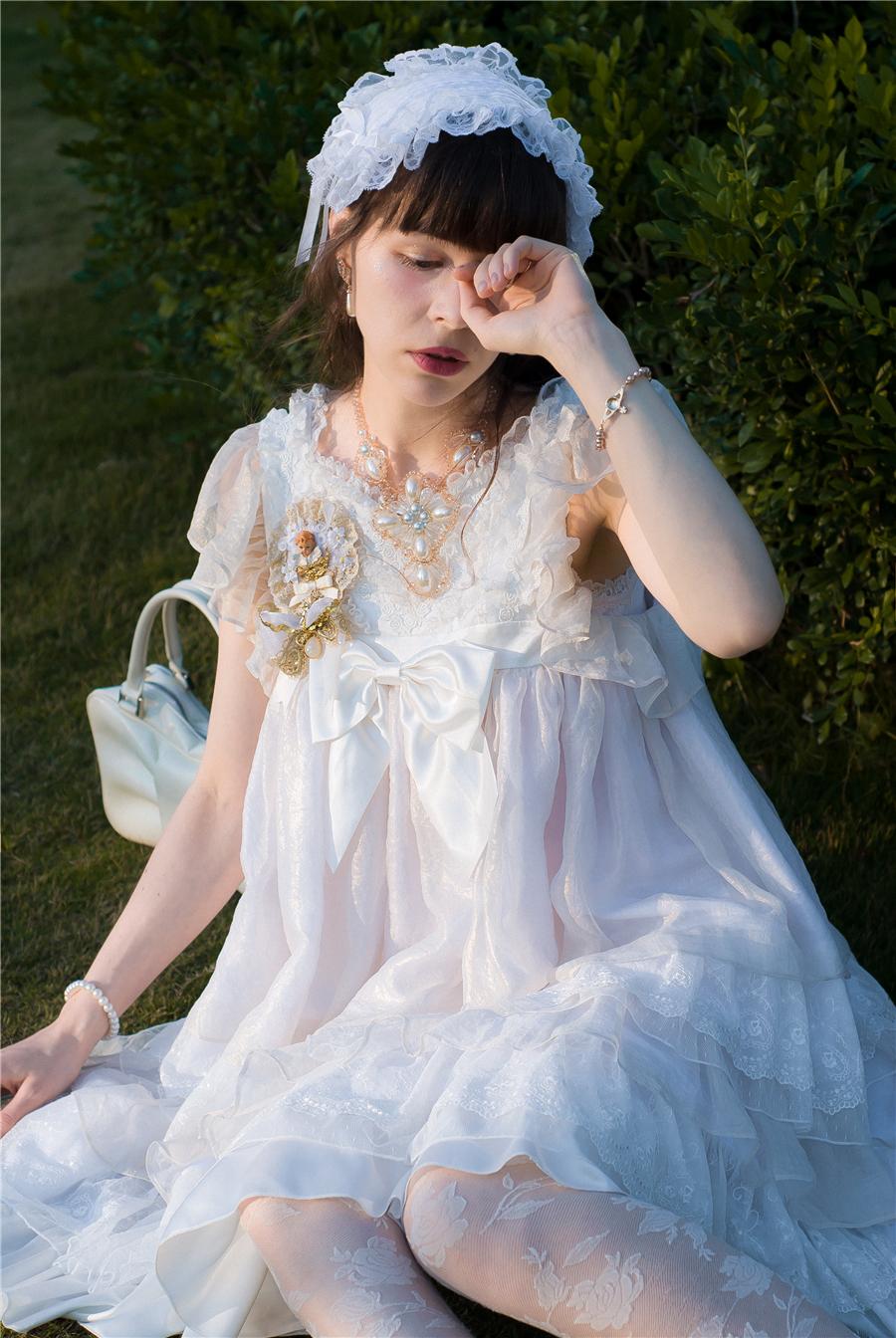 BabyPonytail_modelclaudia_Present Angel White JSK park09.jpg