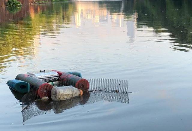 SNEAK PEAK...⠀ ⠀ ⠀ #urbanriver #trashrobot #dirty # trash #garbage #chicagoRiver #chicagoarchitecture #urbanlandscape #urbanexploration #chicago #chicagoshots  #cleanwater #greatlakes #prarie #ecosystem #dirtyriver #dirtywater