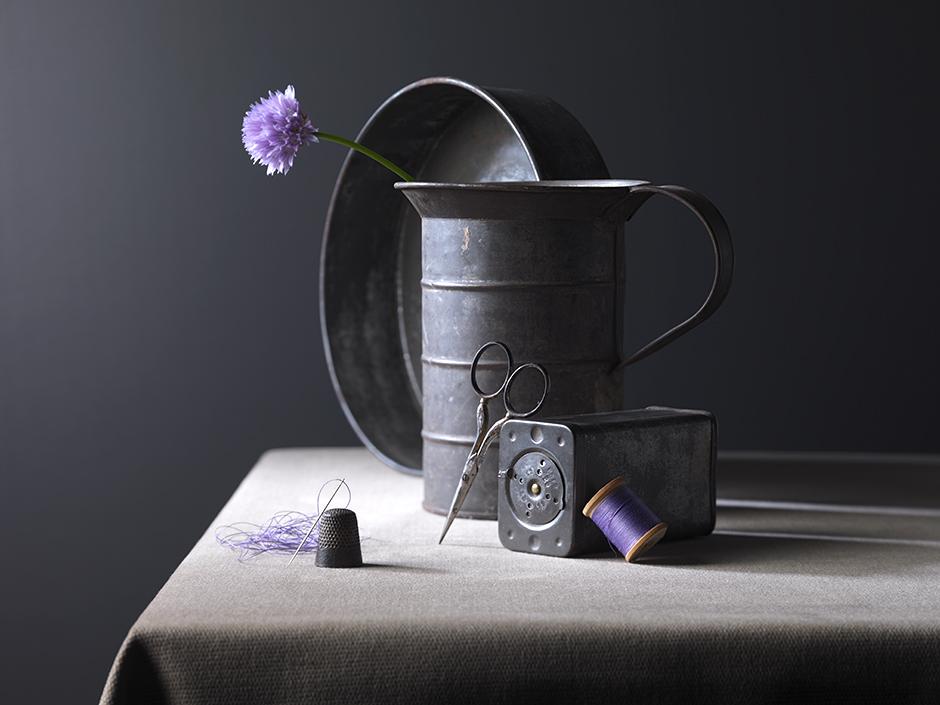 Tins © Lisa Adams