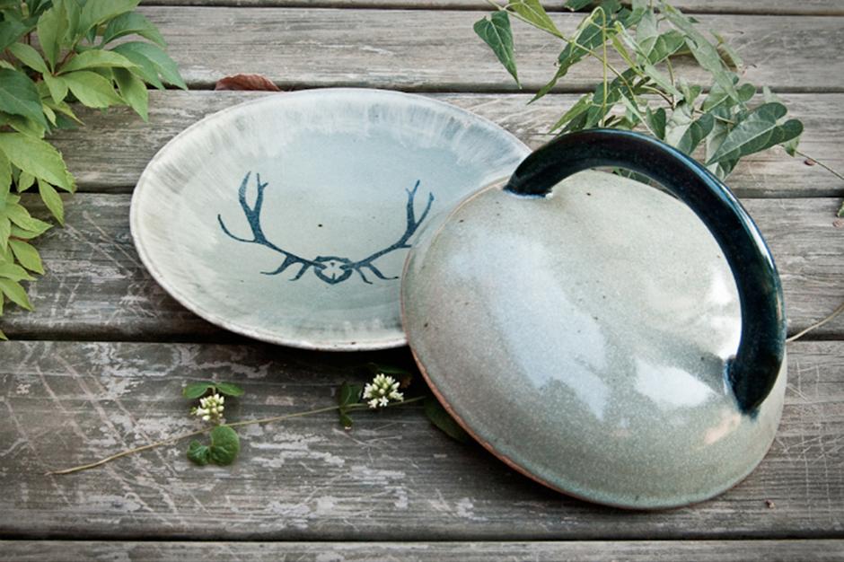 Lidded Plate. © Sarah Hauser