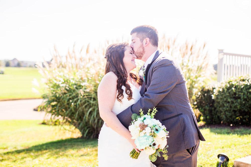 Kristina Brad-Wedding Sneak Peeks-0027.jpg
