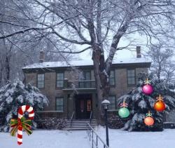 winter_wardenshouse_category.jpg