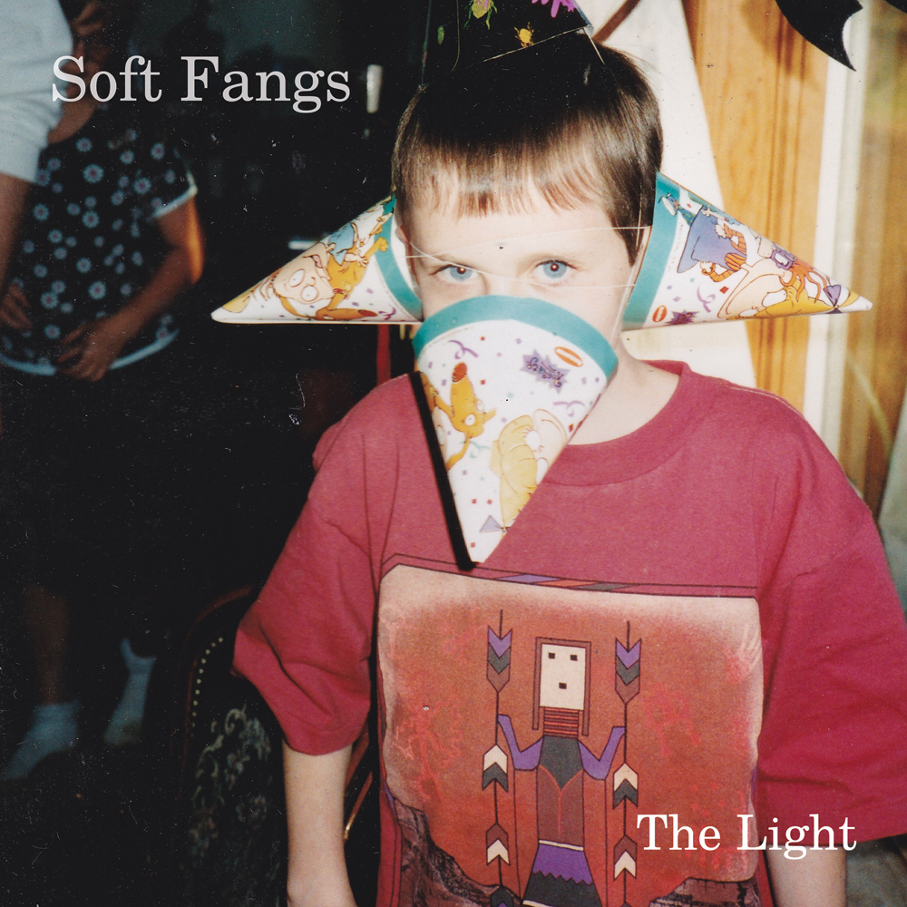SOFT FANGS THE LIGHT (2016)