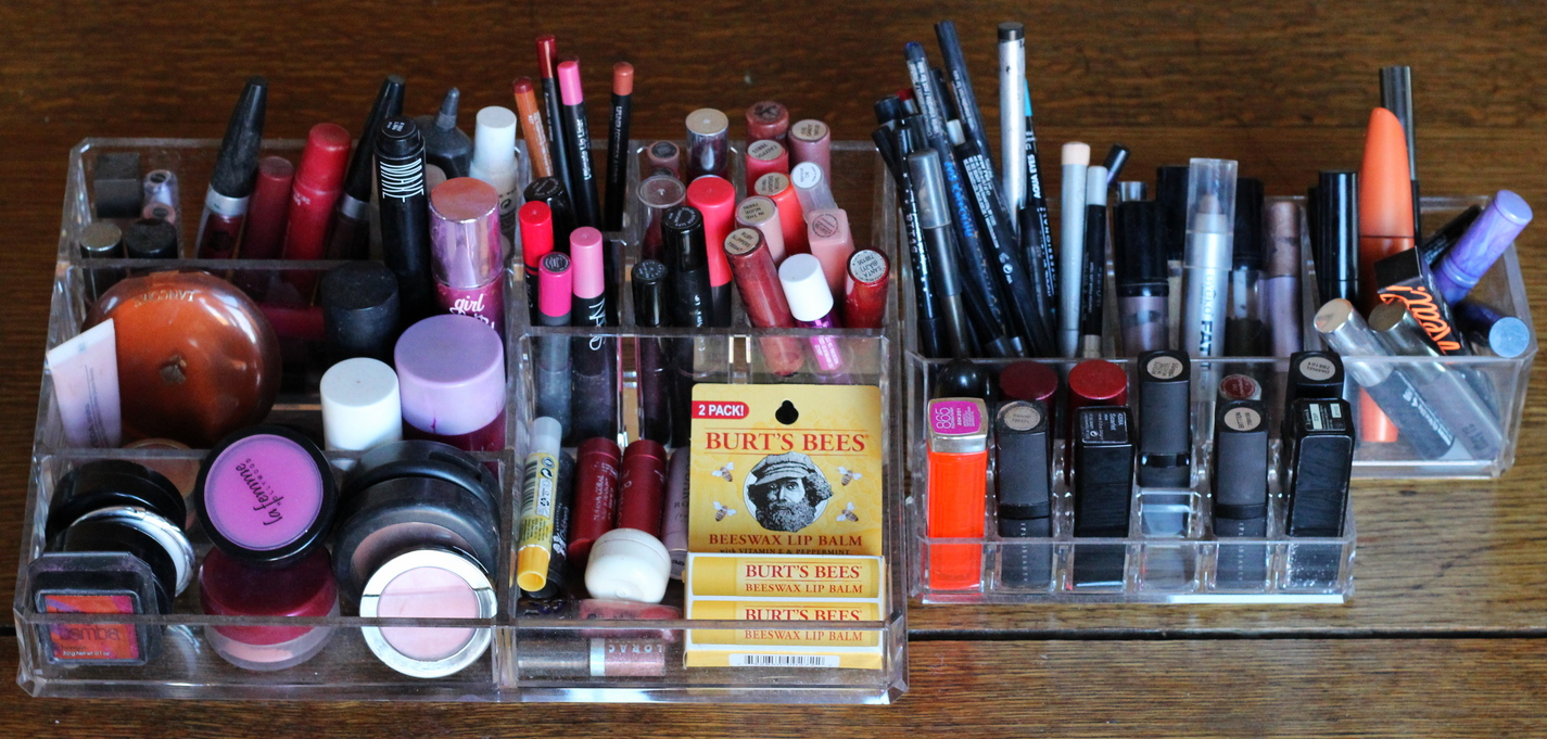 Store makeup in clear containers on belle meets world blog