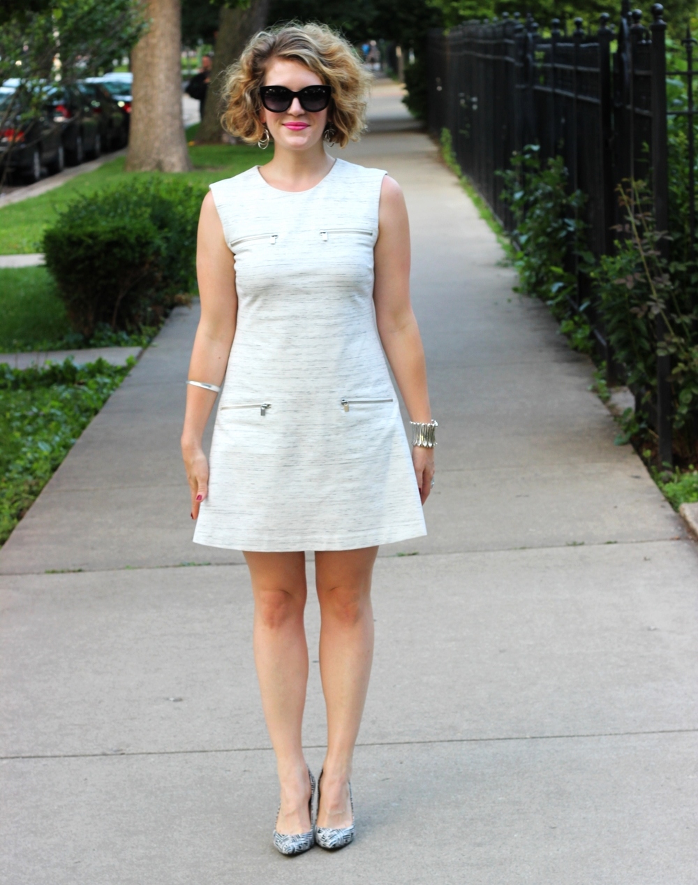 Hip-flattering dressing on belle meets world blog