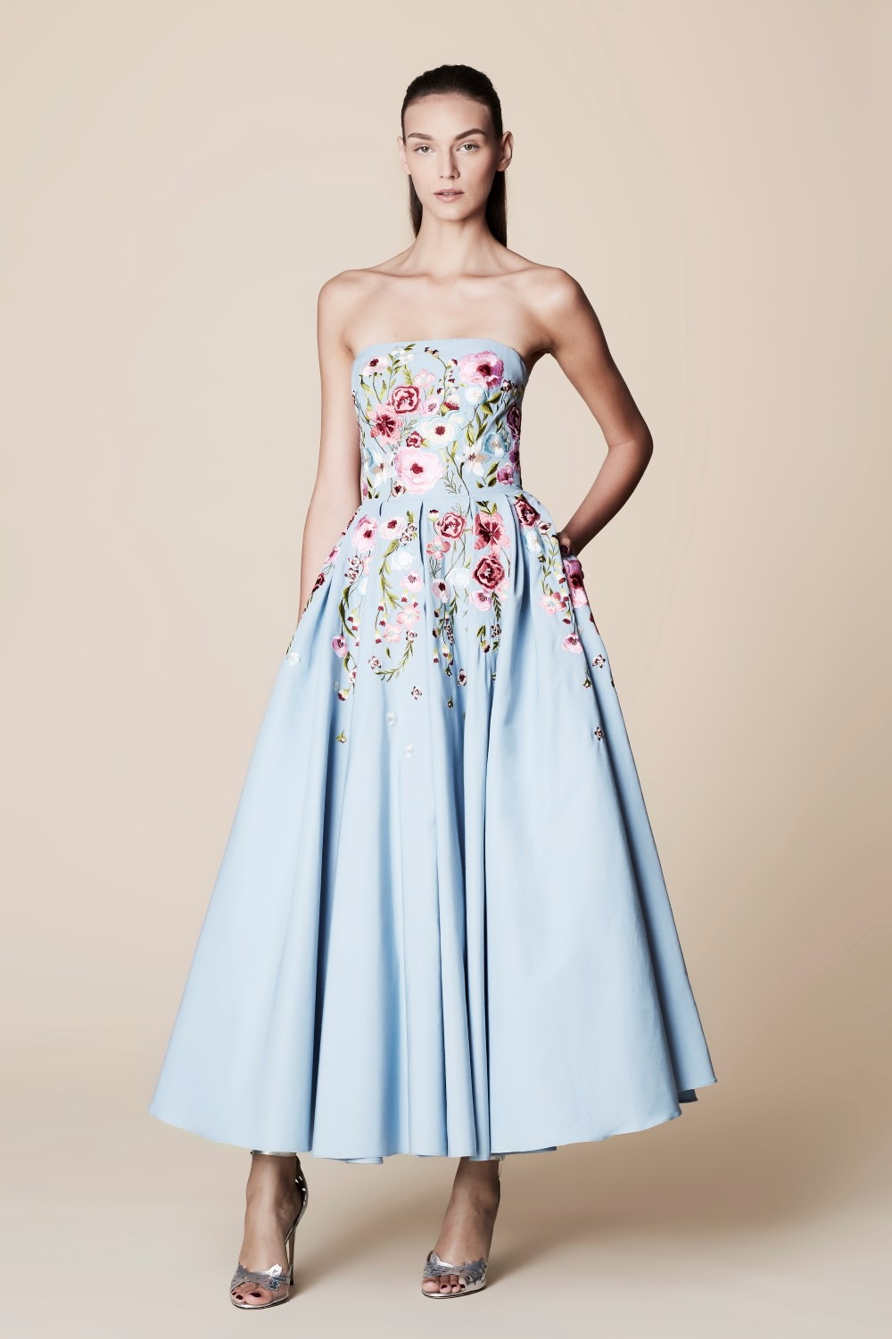 NON-TRADITIONAL WEDDING DRESSES - Belle Meets World