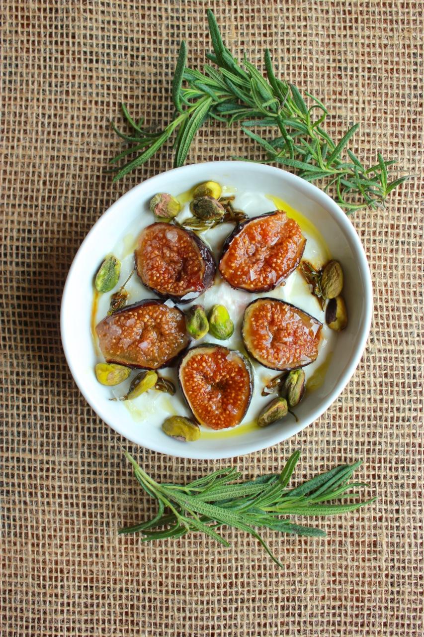 Greek Yogurt w/Caramelized Figs & Pistachios — LIVING MINNALY