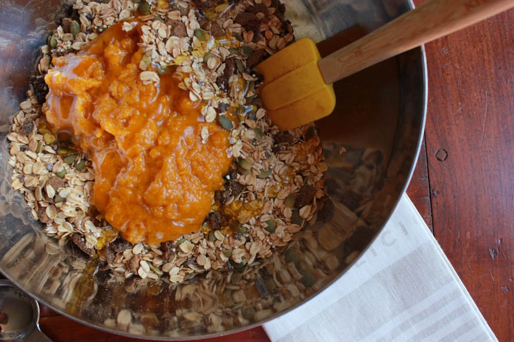 Pumpkin Oat and Quinoa Granola07.jpg