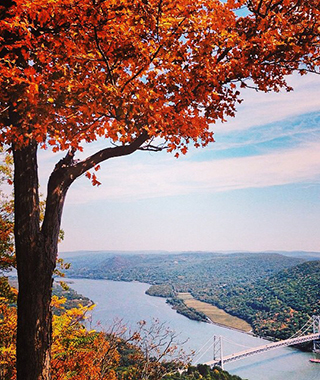 201410-ss-fall-foliage-hudson-valley.jpg