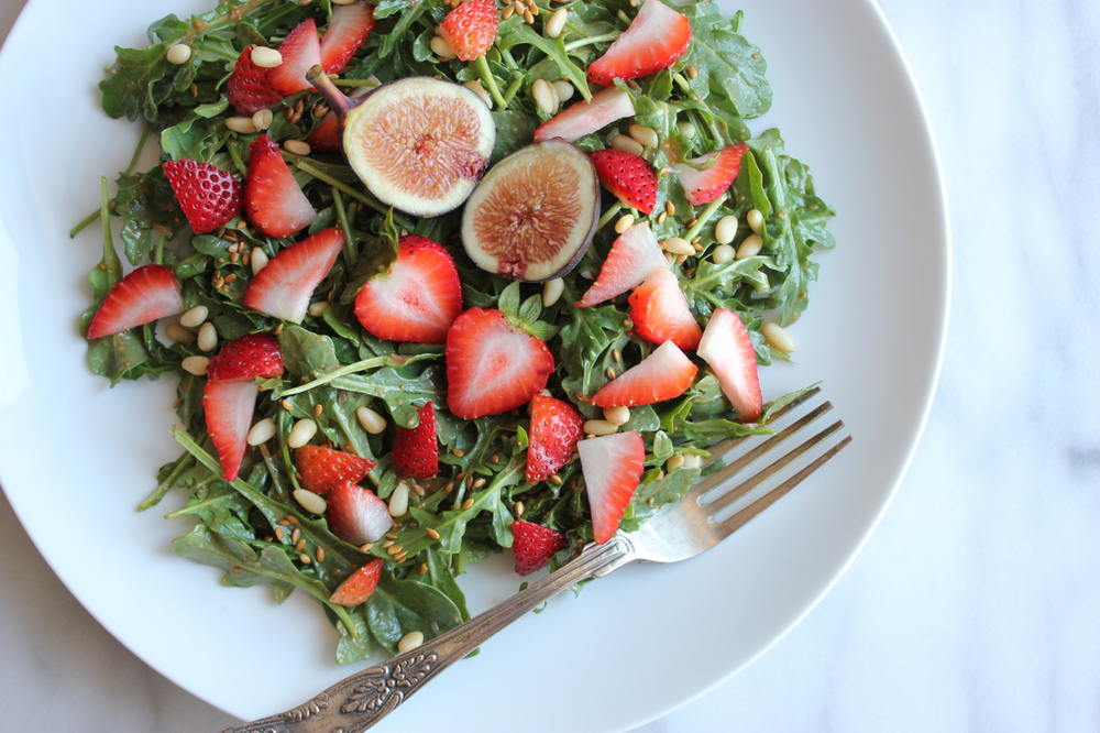 Strawberry Arugula Salad w:Fig-Balsamic Viniagrette | Living Minnaly4.jpg