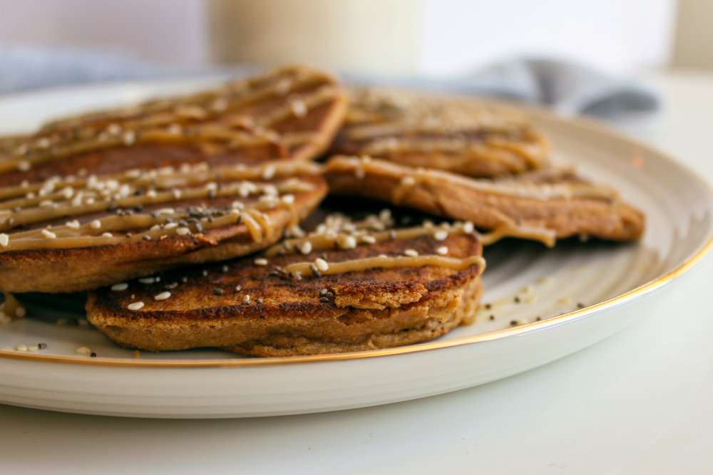 Apple Cinnamon Tahini Oat Pancakes | Living Minnaly __19.jpg