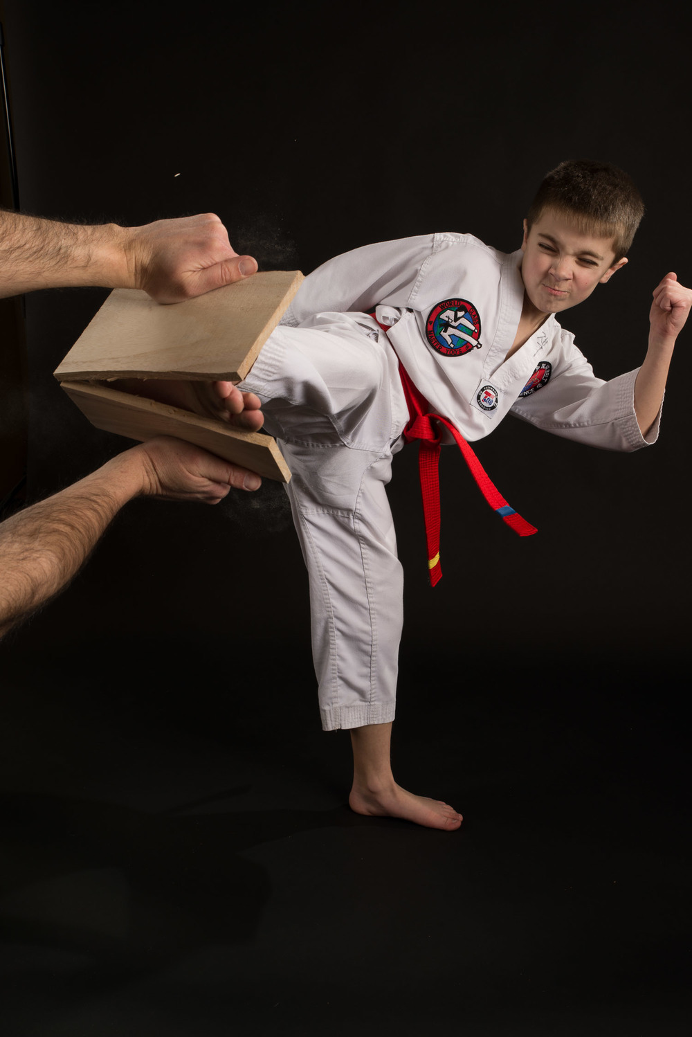 TAEKWONDO BOY KICK BOARD SHOOT.jpg