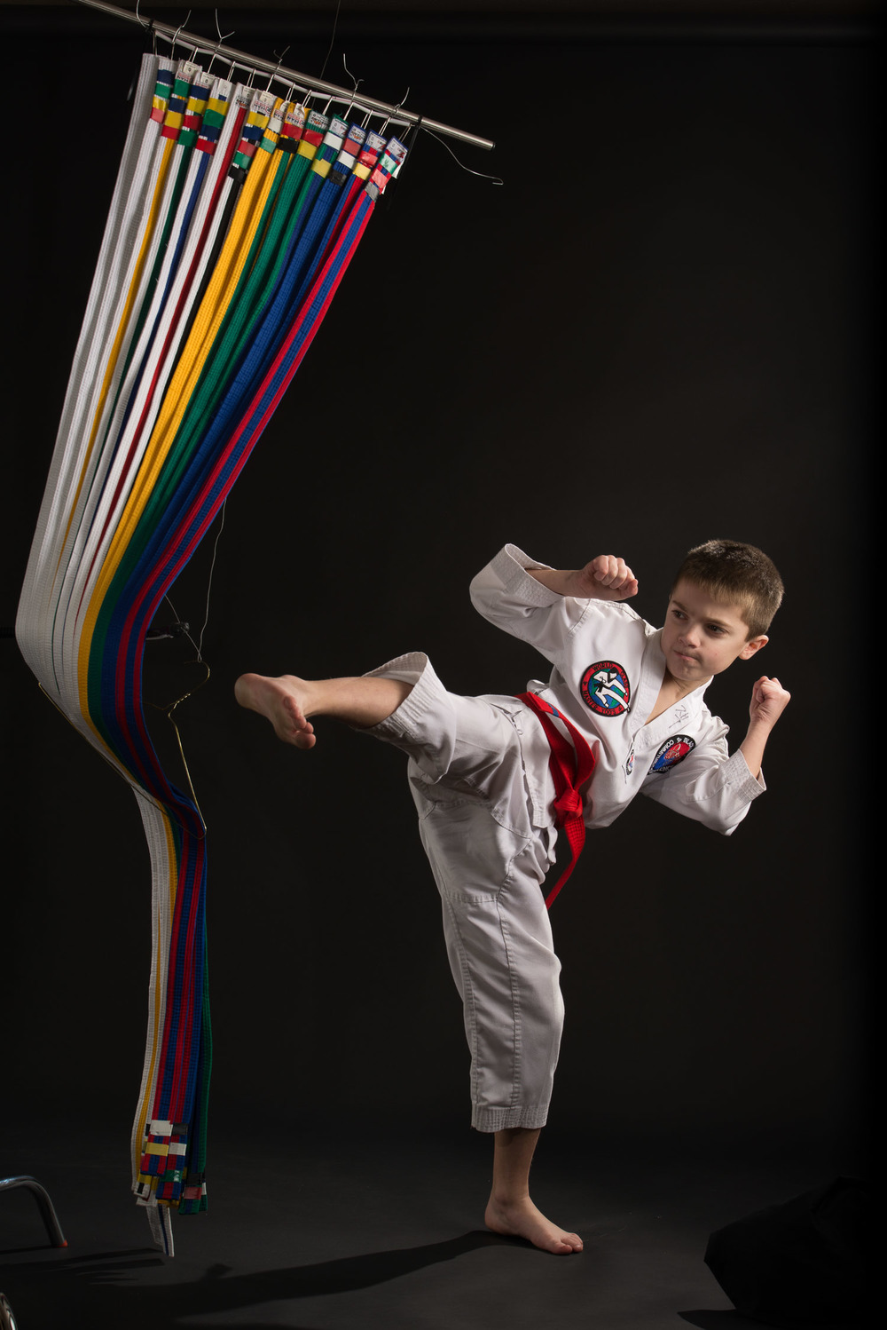 TAEKWONDO BOY KICK BELTS SHOOT.jpg