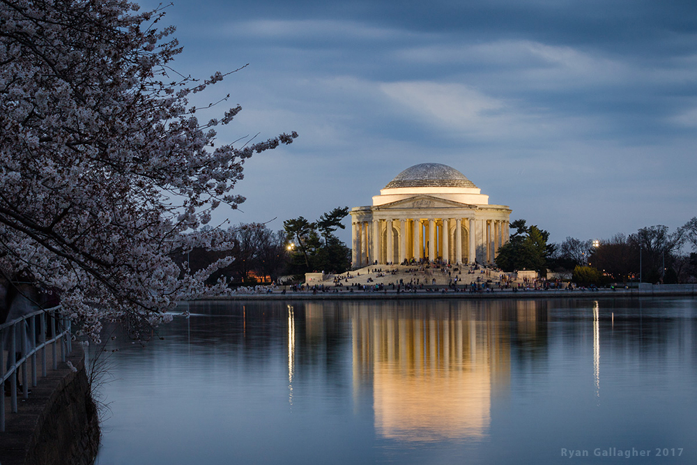 Thomas Jefferson Memorial Aglow