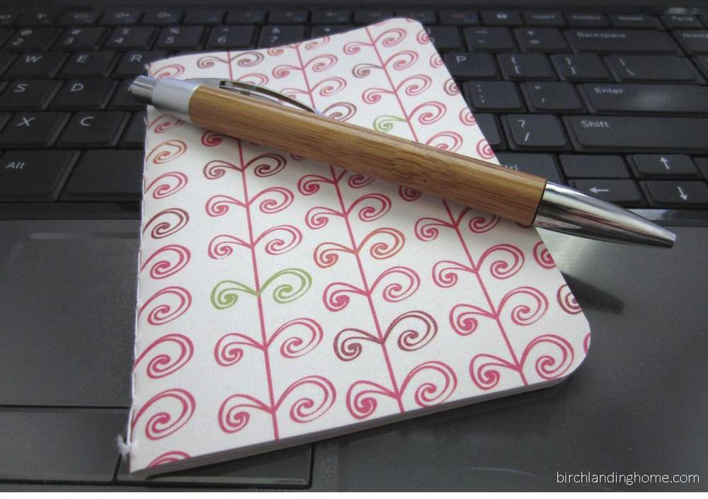 Journal blogger laptop pen