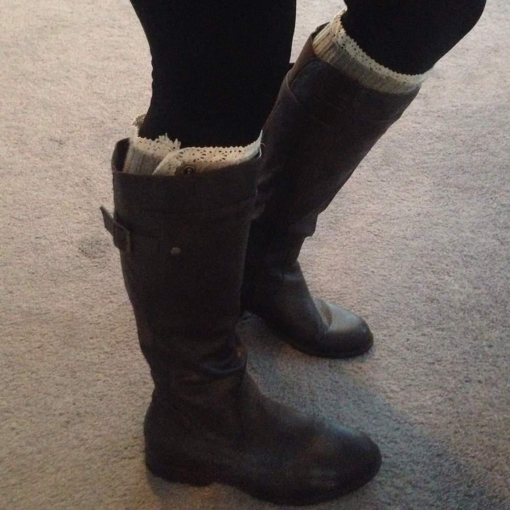 Boot cuffs and leather boots