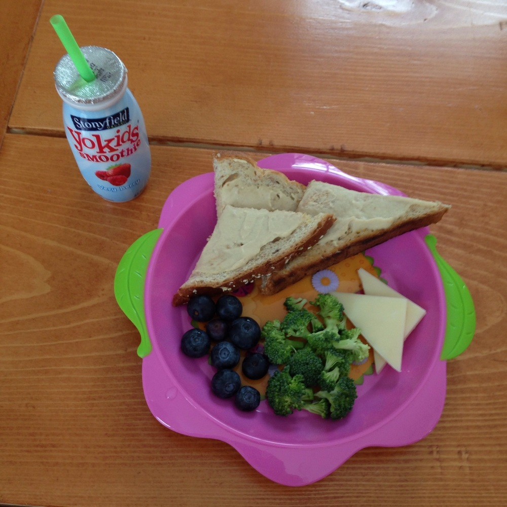 Lots of healthy no-cook meal ideas for toddlers!