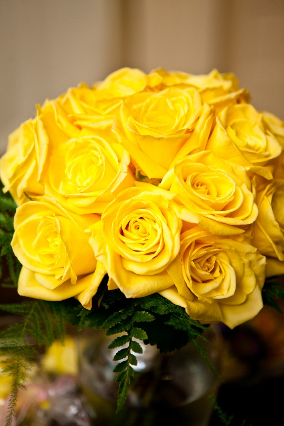 Dream wedding flowers - save money by having someone pick them up.