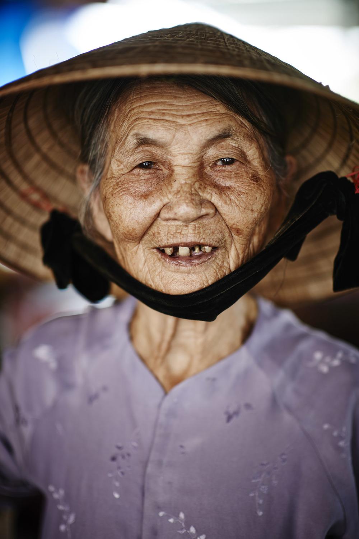 140406_Vietnam_honeymoon_1143.jpg