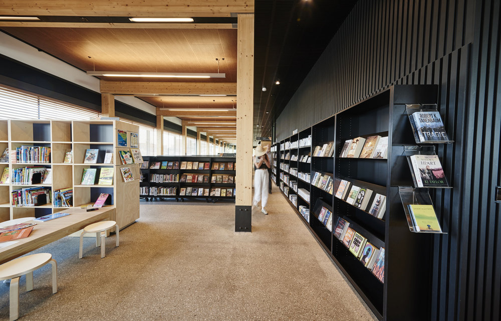 VH_Library_at_the_Dock_0067.jpg