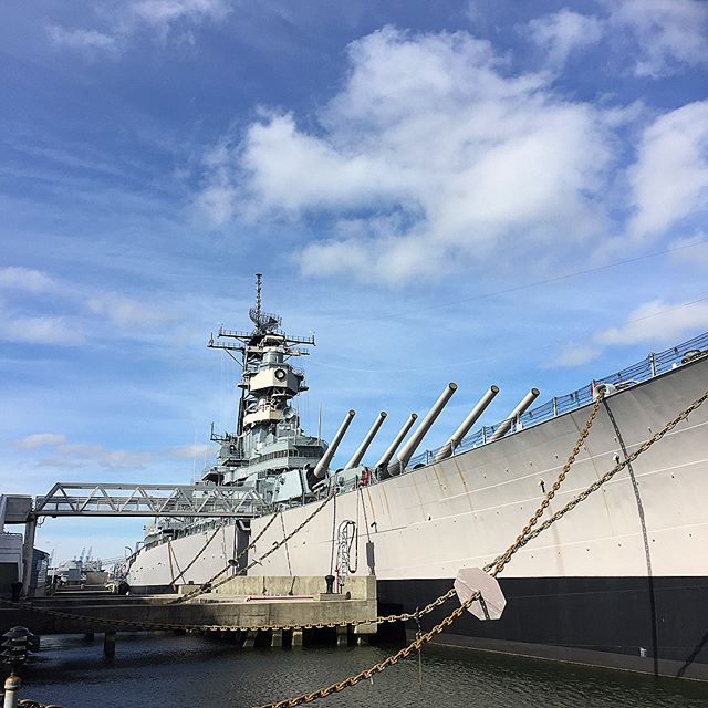 In town for the fights!!! @inst_ali_gram #ufc #ufcfightnight #norfolk #virginia #usa #ship #port #grilledcheese #foodie #instafood #travel #adventure #generalmacarthur #fun #weekend