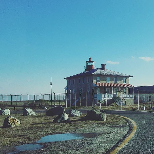 Tip of Maryland visiting my bro #maryland #marylandlife #outdoors #lighthouse #water #fishing #fun #weekend #prison #bluesky #clouds #travel #parks #nationalpark