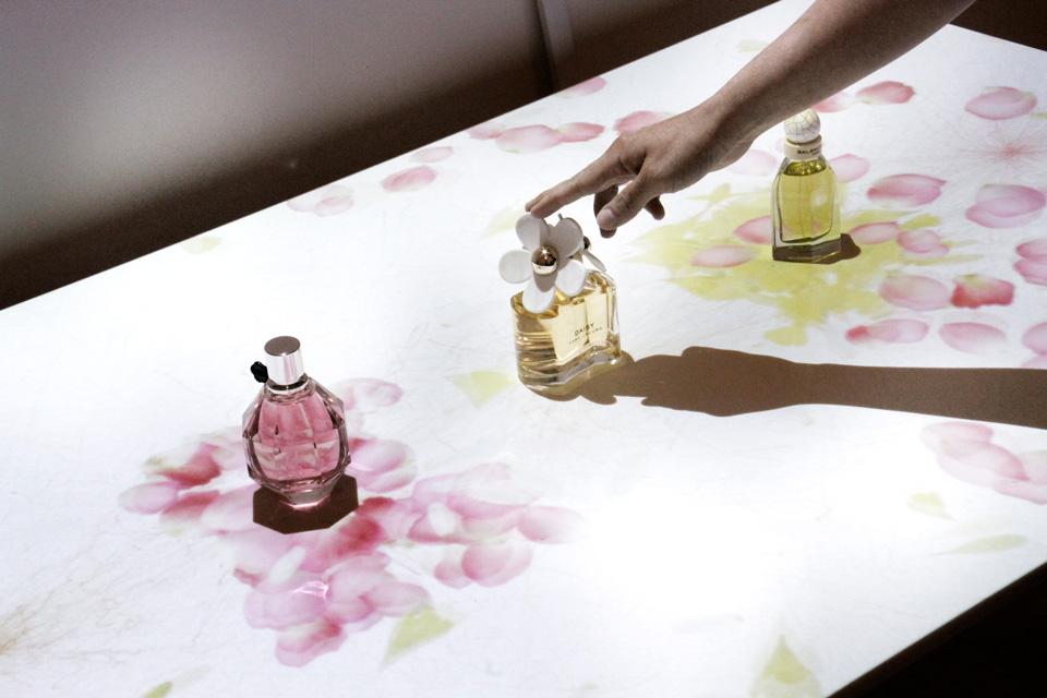 perfume_03.jpg