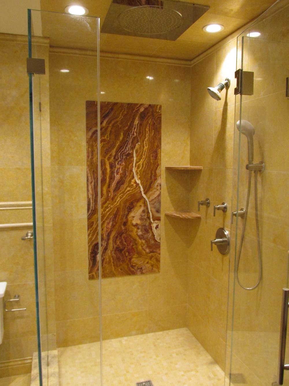 Onyx Shower.JPG