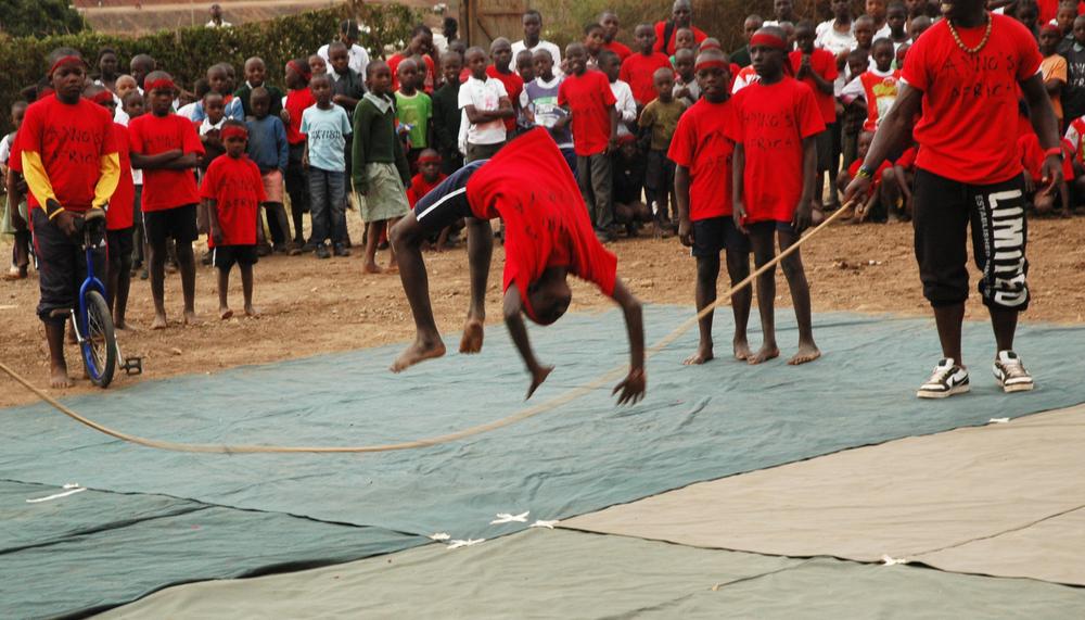 Circus  show Kibera.jpg