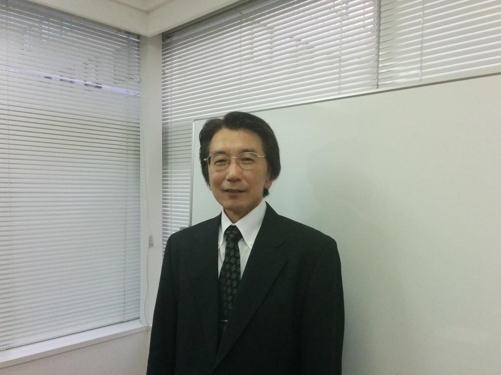 総合政策研究所・中西様写真.jpg