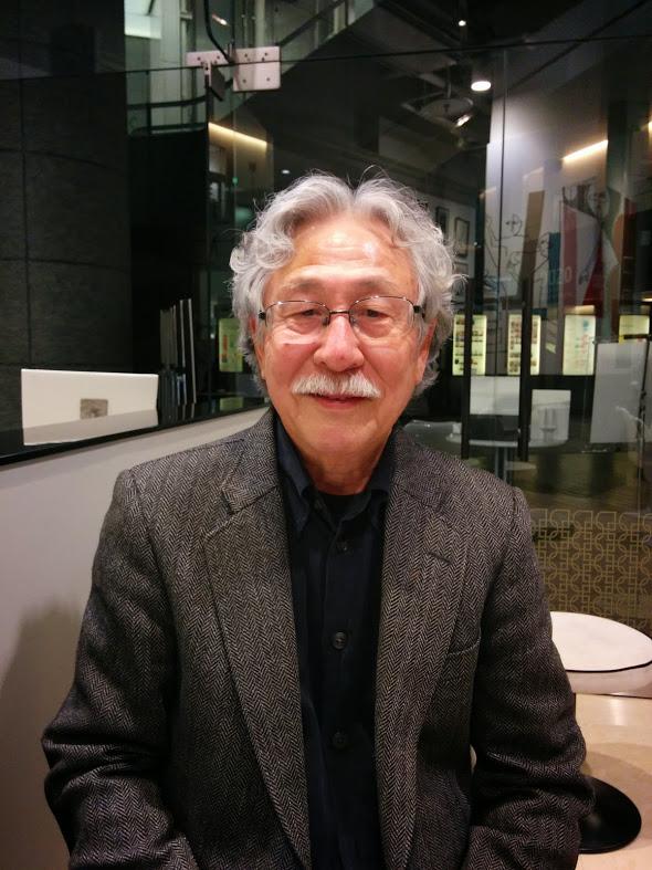 川柳作家の杉山昌善先生です。