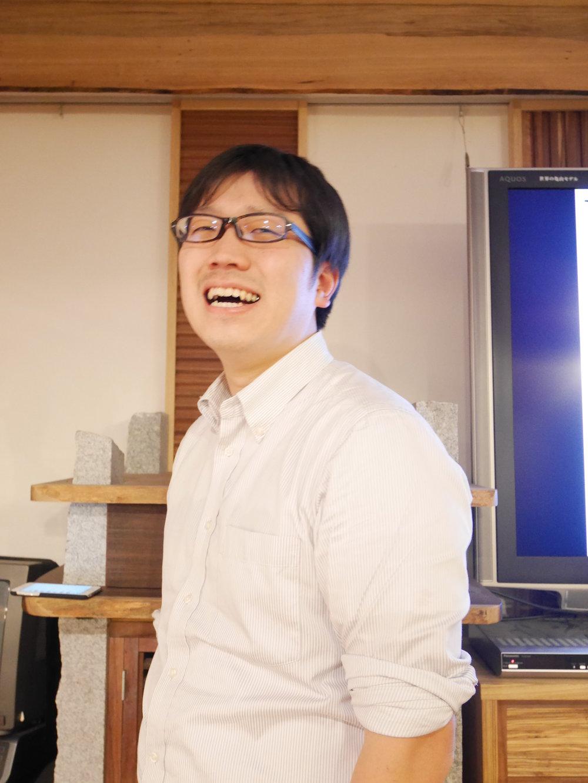 まとめる専門家・松本八治さん