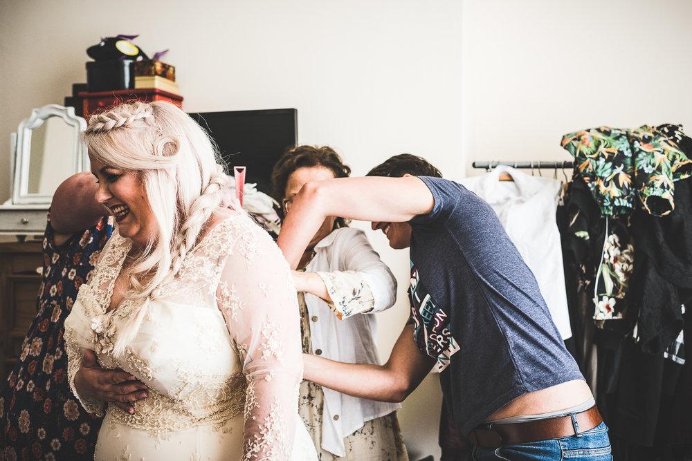 Kate_Lee_Brighton_Pavilion_Beach_Wedding-18.jpg