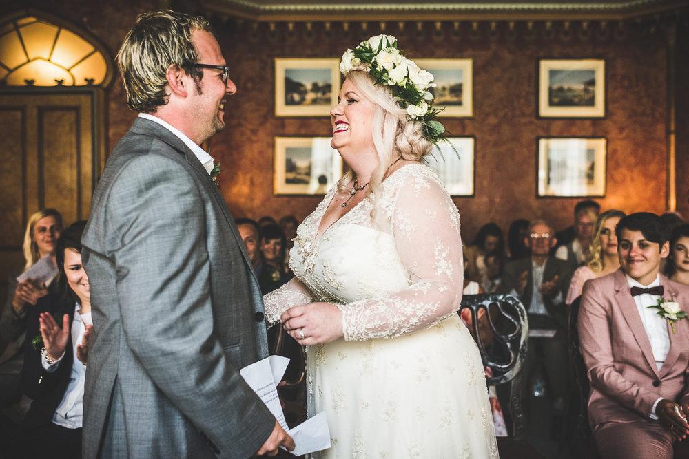 Kate_Lee_Brighton_Pavilion_Beach_Wedding-38.jpg