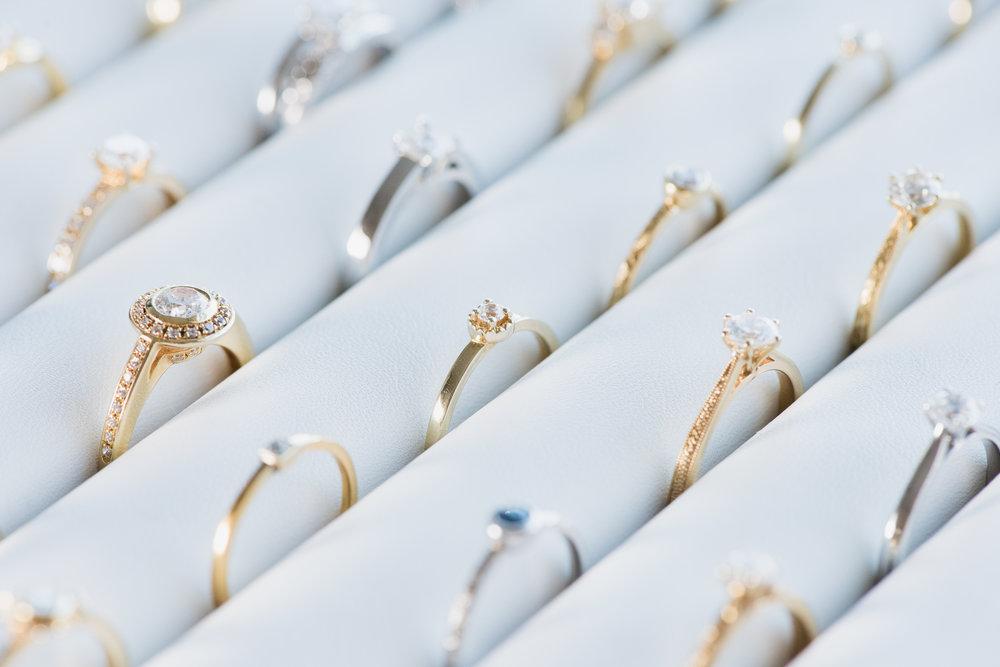 Arabel_Lebrusan_Jewellery_Emma_Hare_Photography__Ethical_Engagement_Rings-2.jpg