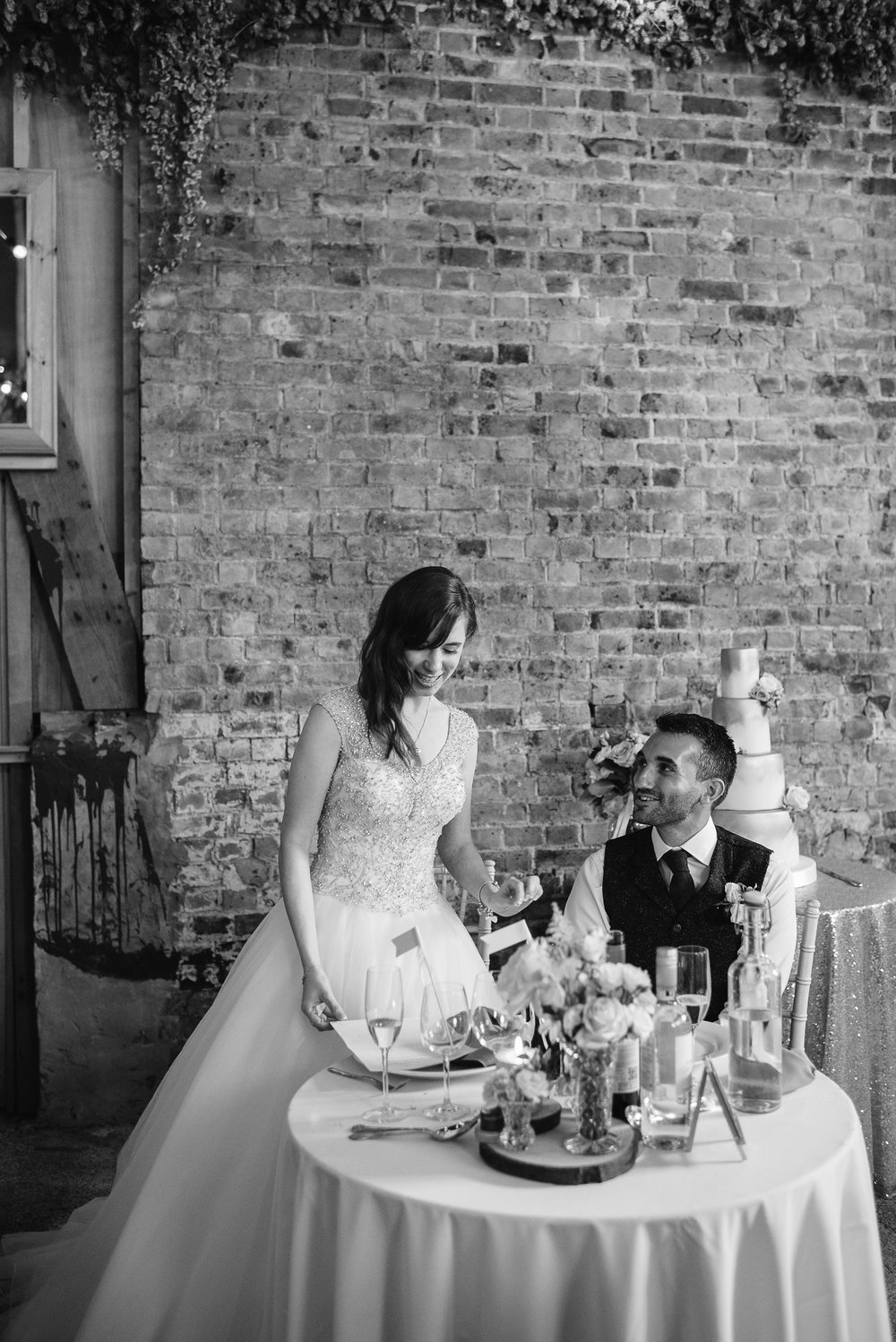 Country_Farm_Barn_Wedding_Kent12.jpg