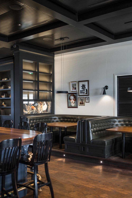 McKinley Burkart_Blackbird Pub (31).jpg