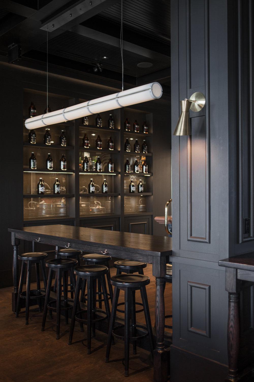 McKinley Burkart_Blackbird Pub (37).jpg
