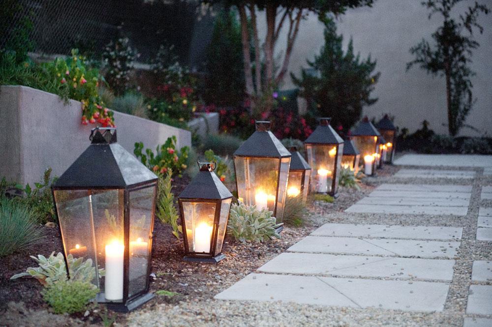 garden_path_lamps_1.jpg