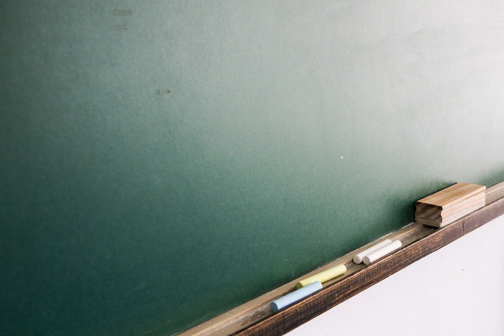 MaxPixel.freegreatpicture.com-Classroom-School-Blackboard-Study-Living-Room-2104691.jpg
